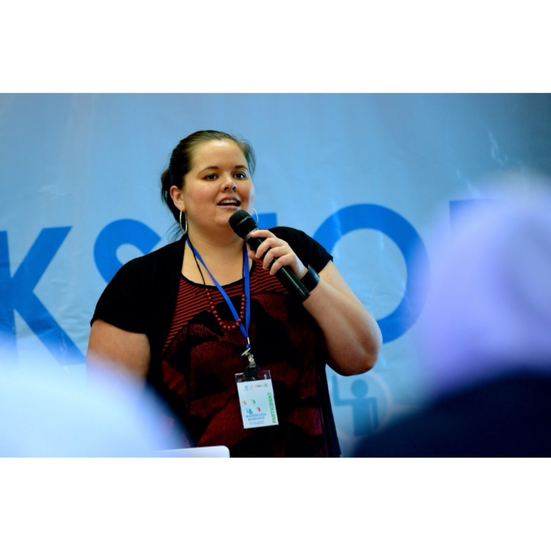 Leah Barclay presenting for UNESCO in Indonesia